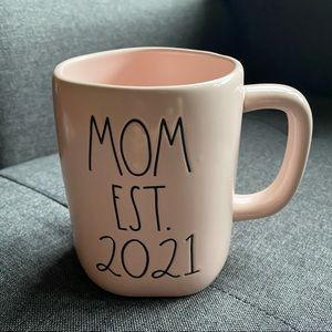 MOM EST. 2021 mug RAE DUNN mug
